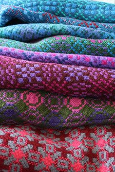 My homage to Wales today is about my new passion for vintage  Welsh Tapestry Blankets.    Just look at these blankets (photos credit and ...