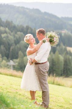 Sommerhochzeit in den Allgäuer Bergen Alexandra Sinz http://www.hochzeitswahn.de/inspirationen/sommerhochzeit-in-den-allgaeuer-bergen/ #wedding #mariage #couple