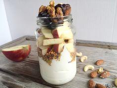 Breakfast Jars met yoghurt, fruit en superfoods