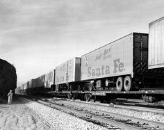 atchison, topeka and santa fe railway | Atchison, Topeka and Santa Fe Railway Company's piggy-back trailers ...