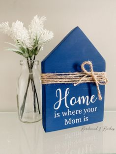 Birchwood & Burlap Custom Decor by BirchwoodAndBurlapCo Wood Projects, Craft Projects, Craft Ideas, Small Wooden House, Wood Houses, Wooden Cutouts, Custom Wood Signs, Daycare Ideas, Etsy Business
