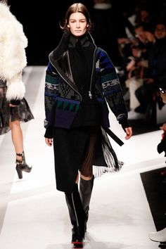 Sacai Fall 2014 RTW - Runway Photos - Fashion Week - Runway, Fashion Shows and Collections - Vogue