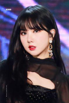 Jung Eun Bi, I Miss Her, G Friend, Queen, Showgirls, Kpop Groups, Some Pictures, Kpop Girls, Ethereal
