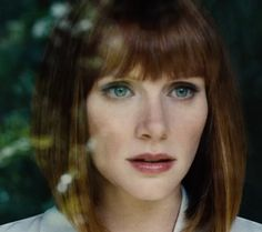 bryce dallas howard jurassic world - Google zoeken Bryce Dallas Howard; My mum loves Twilight. I've seen bitsn'pieces of the saga. I have seen her in Jurassic World.I think she's another choice, along with Isla Fisher, Hayden P, A.Rai for Aurellan, wife of George K jnr. Could explain Peter's red hair then!!! if Bryce didn't play Aurellan, but played a Diplomat or Starfleet Officer instead, she could be the lover of Kirsten's new character!!