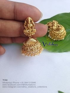 Vibha Creations and Collections ~ South India Jewels Gold Temple Jewellery, 1 Gram Gold Jewellery, 18k Gold Jewelry, Coral Jewelry, Jewelry Necklaces, Gold Bangles Design, Gold Earrings Designs, Gold Jewellery Design, Gold Jhumka Earrings