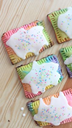 Recipe with video instructions: Multicolored jam-filled pastries should be a regular part of breakfast. Ingredients: Pop Tart Dough:, 2 ½ cups all-purpose flour, 1 tsp salt, 1 tsp sugar, 1 cup cold un (Butter Yellow Pie Fillings) Rainbow Food, Rainbow Sprinkles, Rainbow Sweets, Rainbow Desserts, Rainbow Cupcakes, Breakfast Recipes, Dessert Recipes, Pop Tart Recipes, Breakfast Pastries