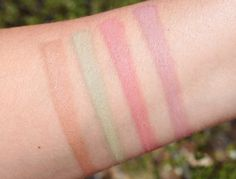 IT Cosmetics Naturally Pretty Vol. 2 Matte Eyeshadow Palette swatches