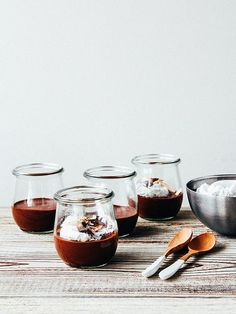 Two ingredient chocolate mousse by Ashlae | oh, ladycakes