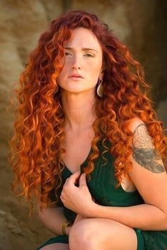 Vibrant balayage hair copper red hair, red hair color, red h Balayage Hair Copper, Copper Red Hair, Vibrant Red Hair, Red Hair Color, Color Red, Beautiful Red Hair, Beautiful Redhead, Red Hair Woman, Brown Ombre Hair