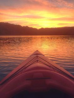 Photo of the Day...Kayaking on Stillwell Lake West Point by Elizabeth Mandato Youngs  #hudsonvalley   #hudsonvalleybedandbreakfast   #hudsonvalleyinn   #usma   #westpoint