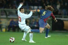 Iarley entortando o Puyol -  2006 - Mundial de Clubes