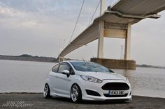 Ford Fiesta ST White Tuning mk7, low suspension, New Rims