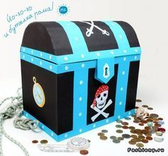 for young pirate's Deco Pirate, Pirate Theme, Decoration Pirate, Diy And Crafts, Crafts For Kids, Pirate Birthday, Ideas Para Fiestas, Valentine Box, Treasure Boxes