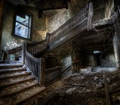 Collapsed staircase