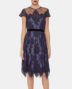 Vestido de encaje de mujer Gina Bacconi en azul marino 6339d0b2bb36