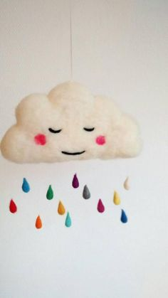 Head in the clouds - Needle felted rainy cloud mobilé Needle Felted Ornaments, Felt Ornaments, Head In The Clouds, Crafts To Do, Arts And Crafts, Mobiles, Felt Gifts, Needle Felting Tutorials, Felt Fairy