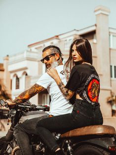 Motorcycle Couple Riding Motors 55 Ideas For 2019 Motorcycle Couple Riding Motors 55 Ideas For photos Related posts:Freckles fascinationAnsel Elgort to Release Electronic Dance Music Record 'Unite' in April (Audio)Yoga Poses For Beginners. Scooter Motorcycle, Motorcycle Style, Biker Style, Girl Motorcycle, Scrambler Motorcycle, Motorcycle Couple Pictures, Biker Couple, Ducati, Vintage Cafe Racer