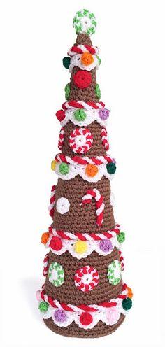 Gingerbread Tree. ☀CQ #crochet #christmas http://www.pinterest.com/CoronaQueen/crochet-christmas-corona/
