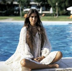 Tyrone Power's grandaughter his daughter Romina Power's oldest daughter Ylenia Carrisi went missing in New Orleans in She was never found. Tyrone Power, Divas, Gypsy Rose, Star Wars, Glamour, Aretha Franklin, 70s Fashion, Beautiful Women, Musica