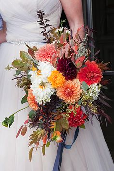 786 best wedding bouquet ideas images on pinterest bouquet flowers 50 bouquets perfect for fall weddings junglespirit Image collections