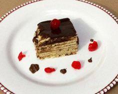 Aprende a preparar marquesa de chocolate con esta rica y fácil receta. La tarta marquesa de chocolate es un postre formado con galletas María. Son unas galletas muy...