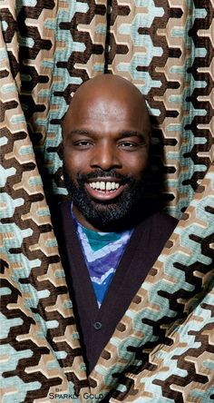 There are 10 African fashion designers that are putting their continent on the global fashion map and they have already become icons of hope and admiration Black Fashion Designers, African Fashion Designers, African Men Fashion, Best Mens Fashion, Fashion Wear, Best Designer Suits, Duro Olowu, Ankara Styles For Men, Ankara Designs
