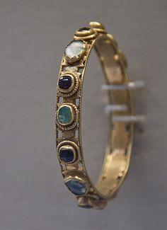 Gold bracelet, Roman, 4c AD | by Kotomi_