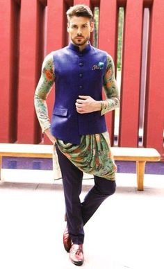 Indian Men Fashion, Fashion Men, Gents Kurta, Kurta Men, Wedding Sherwani, India Wedding, Man Photography, Indian Man, Sabyasachi
