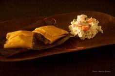 Hallacas y Ensalada de Gallina de Atar Creaciones Culinarias