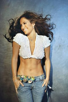 """In a recent interview with """"Latina Magazine"""", Jennifer Lopez (a. JLo) talks about what she says she has learned about marriage. Divorced twice, JLo has been Jennifer Lopez Workout, Jennifer Lopez Body, Jen Lopez, Body Inspiration, Fitness Inspiration, Estilo Glamour, Meagan Good, Mama Blogger, Estilo Fitness"""