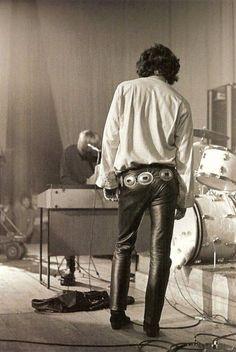 The King of Psychadelia ? Jim Morrison. #cavetribe #thekingthecave:
