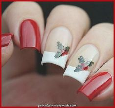 cool bright and festive Christmas Nail Art Designs for this season Related posts: The cutest and most festive Christmas nail designs for the celebration – … The cutest and … Xmas Nail Art, Cute Christmas Nails, Holiday Nail Art, Xmas Nails, Red Nails, Hair And Nails, Holiday Makeup, Berry Nails, Christmas Manicure
