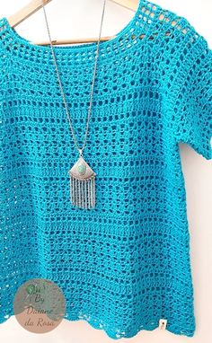 Women& Summer Blouse in Crochet at Pull Crochet, Gilet Crochet, Crochet Jumper, Crochet Diy, Crochet Girls, Crochet Chart, Crochet Cardigan, Fashion Sewing, Crochet Fashion