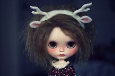 """https://flic.kr/p/ocudFx   Little deer Teodora   She can't wait for August to come! Teodora is one of the raffle prizes at Galidolly in Santiago de Compostela in August.  Custom by me.  <a href=""""http://www.galidolly.es"""" rel=""""nofollow"""">www.galidolly.es</a>"""