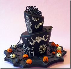 Cool Halloween cake ideas (sorry, it's not in English)