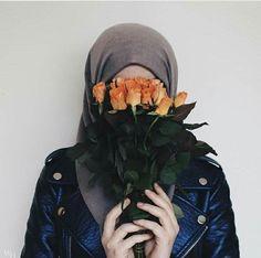 This jacket sounds beautiful ♥️♥️ Hijab Hipster, Hijab Dp, Hijab Niqab, Muslim Hijab, Hijab Chic, Hijab Outfit, Hijab Dress, Muslim Girls, Muslim Couples
