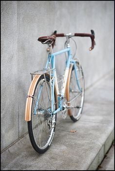 mm, wooden fenders, leather bar wraps, brooks saddle...  by fast boy, via Flickr