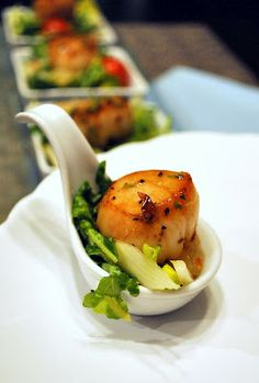 I Just Love My Apron: Espresso Salt Seared Scallop with Lime Grapefruit Dressing Salad