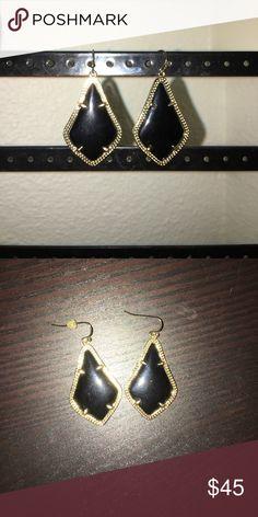 Kendra Scott Alex Black Earrings Medium wear and tear, gorgeous earrings! Kendra Scott Jewelry Earrings