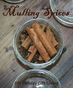 How to Make Your Own Mulling Spice! Recipe #DIYspice #holidaygifts
