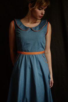Peter Pan Collar Color Block Dress // Size 6 por LetsBacktrack