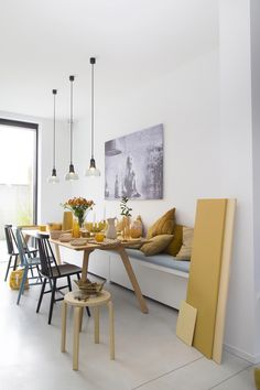 Awesome Genius Dining Room Design Ideas You Were Looking For. Enjoying a meal with your friends and loved ones is much more fun when you have a dining room design … Elegant Dining Room, Dining Room Design, Dining Area, Dining Room Bench, Dining Rooms, Dining Table, Kitchen Benches, Kitchen Dining, Dining Room Inspiration