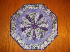 Pansy Dresden Table Topper
