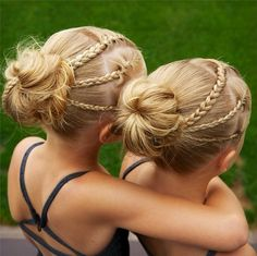 Pin for Later: These Identical Twins' Braids Are The Cutest Thing You'll See Today Braid/Bun Combo Source: Instagram user jehat