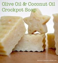 You can make an easy crock pot soap using all natural ingredients. Once you have made this easy crock pot soap, you will never buy big brand soap again. The soap you buy in stores lacks one thing that has fantastic nourishing properties, natural glycerin. Coconut Oil Soap, Coconut Oil Uses, Savon Soap, Piel Natural, Olive Oil Soap, Olive Oils, Olive Oil On Skin, Olive Oil Uses, Soap Making Supplies