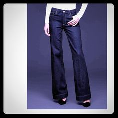 Flare Jeans Flare Jeans, Mid Rise, 5 Pocket GAP Jeans Flare & Wide Leg
