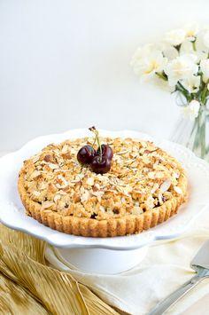Delicious Meets Healthy | Almond Cherry Crumble Tart | http://www.deliciousmeetshealthy.com