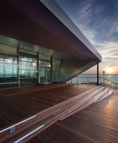 Southend Pier Cultural Centre by White arkitekter and Sprunt is now complete. The new Cultural Centre is sited at the head of Southend Pier, the world's long. Luke Hayes, A As Architecture, Royal Pavilion, Construction, Cultural Center, Beautiful Space, Urban Design, New Homes, Exterior