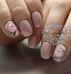 What Christmas manicure to choose for a festive mood - My Nails Classy Nails, Simple Nails, Trendy Nails, Cute Nails, Spring Nails, Summer Nails, Hair And Nails, My Nails, Tulip Nails