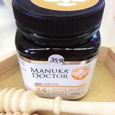 Flunssakausi jyllää... Tästä Manuka-hunajaa taltuttamaan flunssaa. Manuka on tunnettu parantavista ominaisuuksistaan.  #vaniljavalencienne #bongaavanilja #vaniljagoesneidonkeidas #ilove #manuka